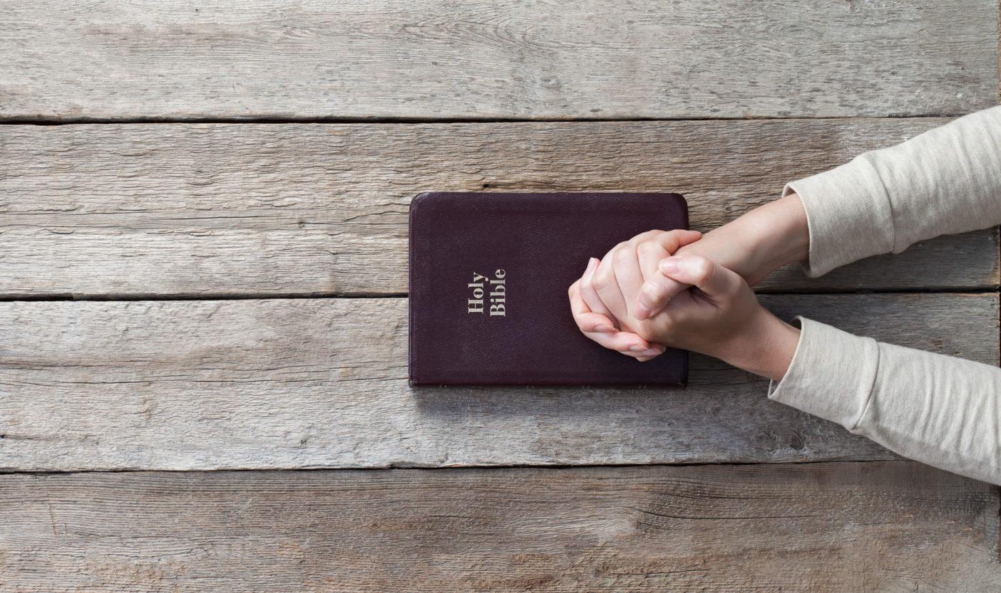 Egyedül Istennel Hogyan lépjünk be az Ő jelenlétébe